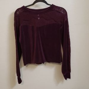 Burgundy cropped lace sweater